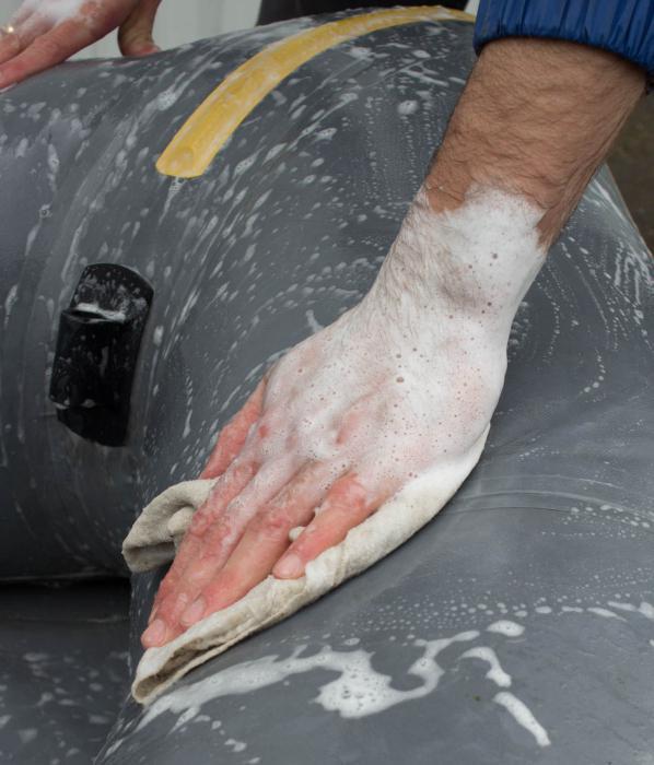 Как отремонтировать резиновую лодку