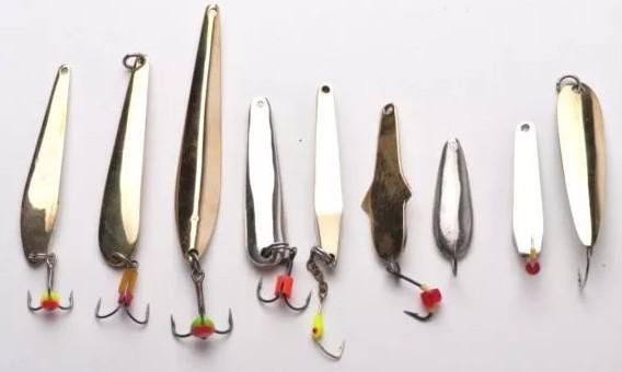 Выбираем колеблющиеся блесны для зимней рыбалки