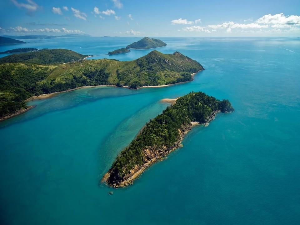 Когда лучше всего ехать на острова Уитсанди?